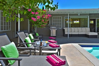 Four pool side chaise lounges that face West over the pool and spa to the San Jacinto mountain views.