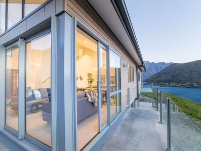 Photo for Bluewater Queenstown - Stunning Lake Views