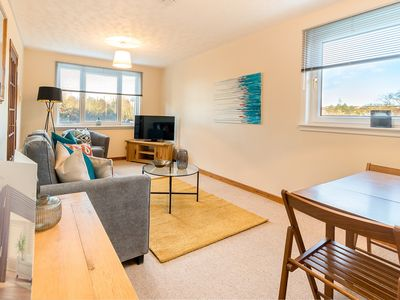 Photo for Raeden Spacious Apartment for 6 near to NHS