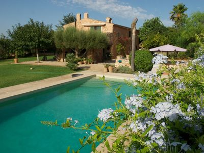 Photo for Mediterranean Villa with Wi-Fi, Air Conditioning, Pool and Garden