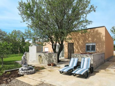 Photo for Vacation home Vila Ruza (PUL503) in Pula - 5 persons, 2 bedrooms