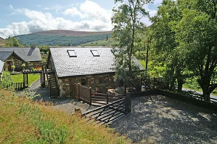 Detached Stone Cottage In Secluded Valley In The Heart Of
