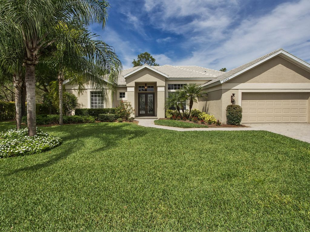Fully Furnished 3 Br Estate Home In Premier Gated Golf Community Close To Beach