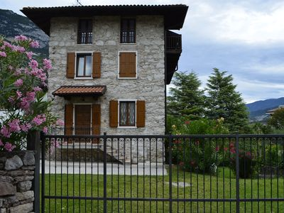 Photo for Apartment in historic rural residence with private garden and parking