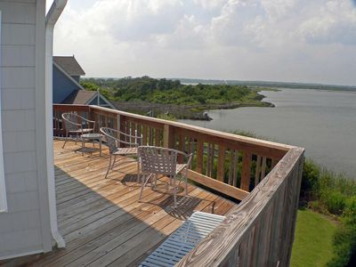 Photo for Waterfront, dock, canoe/2 kayaks, 5BR (3K/4T) 5.5 baths, 3-4 min walk to ocean