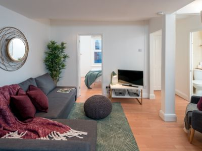 Photo for Stylish 2 Bedroom Apartment In Fulham Broadway
