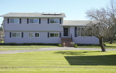 Photo for Large Family Home in the Heart of Sonoma Farmland