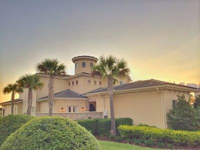 Photo for 5/5.5, Theater, Game Room, Private Pool/Spa, Guest Suite, FREE Waterpark Access