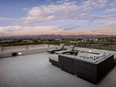 Photo for Entertainment House With Great Views and Casita