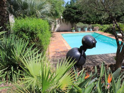 Photo for Studio with pool and garden 5 min. beaches and coves