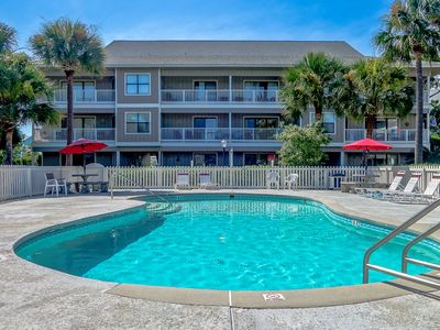 Photo for 3bd Poolside Close To Beach Sleeps 10! *Free WiFi*