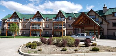 Photo for Invermere's Heron Point - $71-$279/night,2 Br.Condo/Pool/Park Pass/Mtn.View*Golf Now Open*