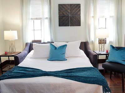 Photo for *Sleeps 6* LARGE 2BR in Warehouse District Near FQ