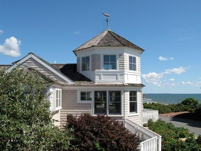 Photo for Waterfront - Stunning Architect Designed Sun Drenched Ocean Front Cottage