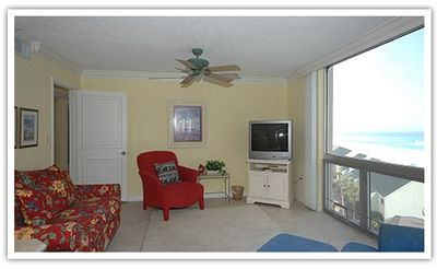 Photo for Shoreline Towers Unit 1076 - Spacious two bedroom Deluxe is casual and homey.
