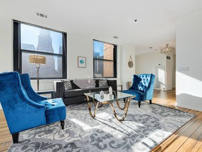 Photo for New! Convenient 3BR in Chicago Loop by Domio