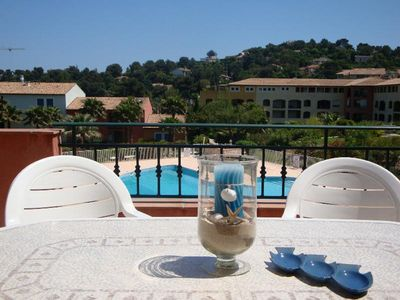Photo for GR8 sleeps 6, air conditioning, pool tennis, parking, beach 800m, 900m center