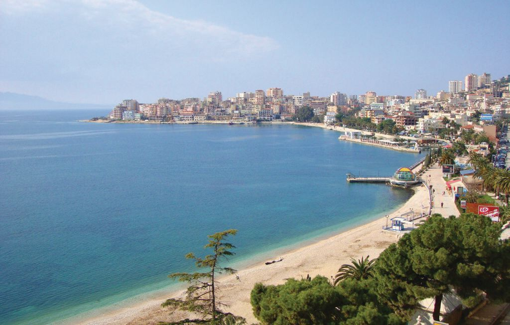 2 bedroom accommodation in Saranda Photo 1