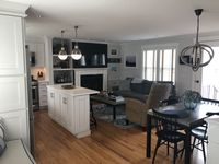 The property was first class. Decorated beautifully. Very clean. Perfect central location.