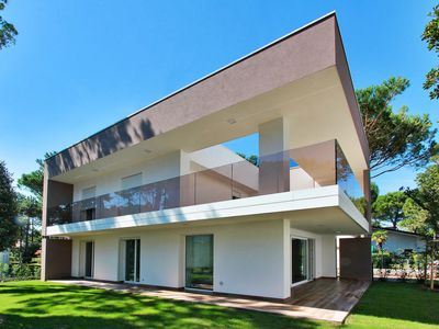 Photo for Vacation home Summer Villas (LIG720) in Lignano Pineta - 8 persons, 4 bedrooms