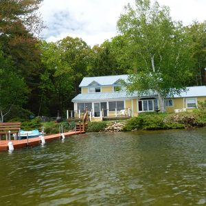 Photo for Private lake house 4Bd/3Bth sleeps 10. 300'lakefront. 40' Dock & Boats. No Pets