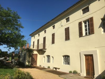 Photo for 18th century country house with swimming pool 20 min from Turin