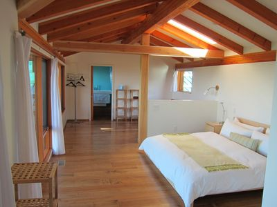 Photo for Studio Eagles Nest 1 king bed max 2 guests