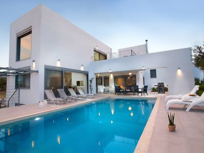 Photo for Villa Dimitra is located in a beautiful peaceful location on West Crete.