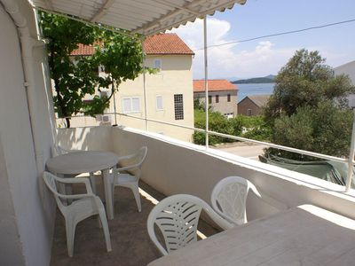 Photo for Three bedroom apartment with terrace and sea view Drače (Pelješac)