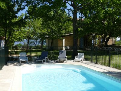 Photo for Provençal farmhouse with swimming pool in the heart of Lubéron