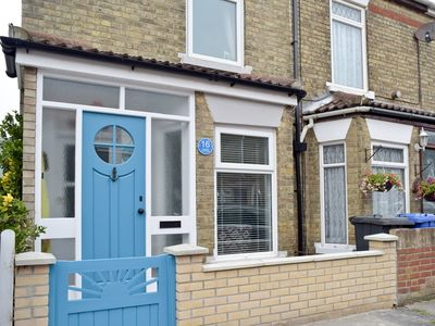 Photo for 2 bedroom accommodation in Pakefield, near Lowestoft