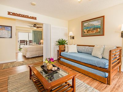 Photo for Charming Condo with Full Kitchen Close Walk to Beaches and Attractions