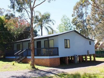Photo for Cottage in the Companionway sleeps 6 and a short walk to beach and sports reserve.