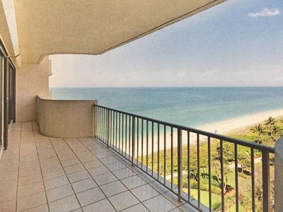 Photo for Beachfront 2 bedroom safe and comfortable condo with breathtaking gulf view
