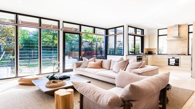 Photo for BRONTE BEACH HAVEN (H750)-L'Abode Accommodation