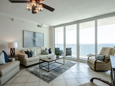 Updated March 2019! Gorgeous, oversized gulf front condo in Gulf Shores!