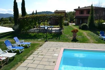 Photo for Holiday house Pergine Valdarno for 15 persons with 9 bedrooms - Farmhouse