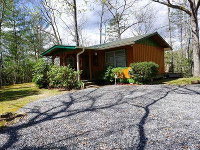 Photo for Cardinal's Landing: 1  BR, 1  BA Cabin / Bungalow in Bryson City, Sleeps 4