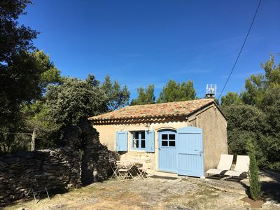 Photo for Enchanting, authentic Cabanon near the Château of the Marquis de Sade