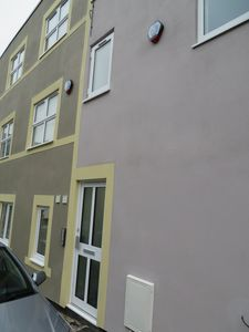 Photo for 3 bed flat sleeps 10 free parking