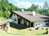 Nice family-like chalet in the lower mountains