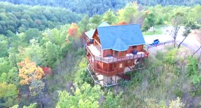 Photo for WALLABY -  ♦Fantastic Rustic Cabin In The Smoky Mountains Of Tn♦