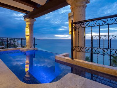 Photo for Dream Penthouse - Infinity Jacuzzi + Best View in Cabo