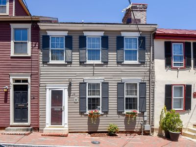 Photo for Amazing home a mere 100 yds from market square in downtown Annapolis, MD featuring off street parking spots for two mid-size cars