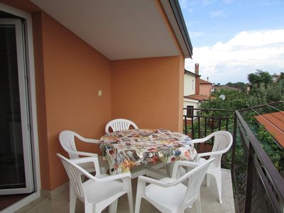 Photo for Apartment in the center of Umag with Air conditioning, Parking, Terrace, Garden (576351)
