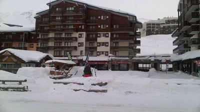 Photo for At the foot of the slopes, 50 m 3 chairlifts and 100 meters from the funicular Grde Motte