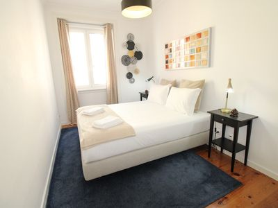 Photo for Sete Rios Apartment, Near Zoo Lisbon / free Wifi C / V Esq.