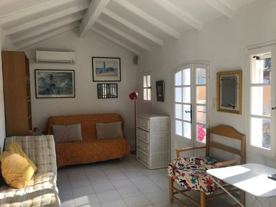 Photo for Ian's house located in PARADOU in the heart of Provence not far from arles (