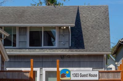 Managed by Bloomer Vacation Rentals. 1303 Guest house sleeps up to 8 and is just a 5 minute walk to the beach and town.