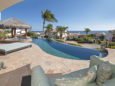Photo for Gorgeous 4 BD villa with spectacular views!
